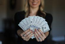 مصادر الإيرادات Revenue Streams